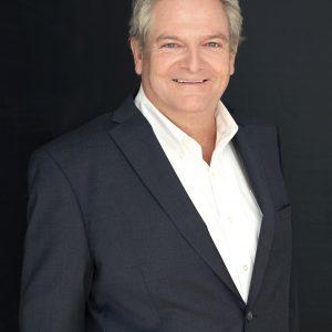 CEO HEADSHOT,PROFESSIONAL HEADSHOT, PROFILE PHOTO, CORPORATE HEADSHOT, PHOTO STUDIO BURLINGTON